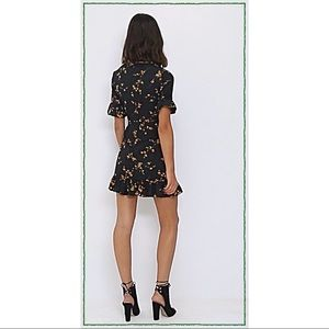 e096293ff7 PrettyLittleThing Dresses - BLACK FLORAL CORSET SWING DRESS